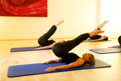 Pilates-Roll-over-1-2